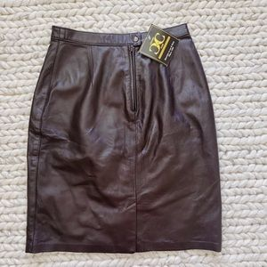 NWT Centre du cuir Strait genuine leather skirt